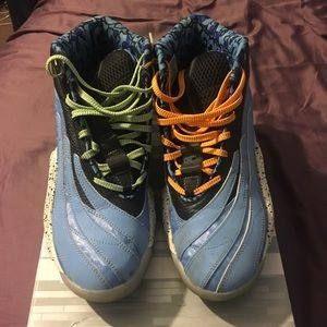 Men Adidas Real Deal Basketball Shoes/Sneakers 9.5